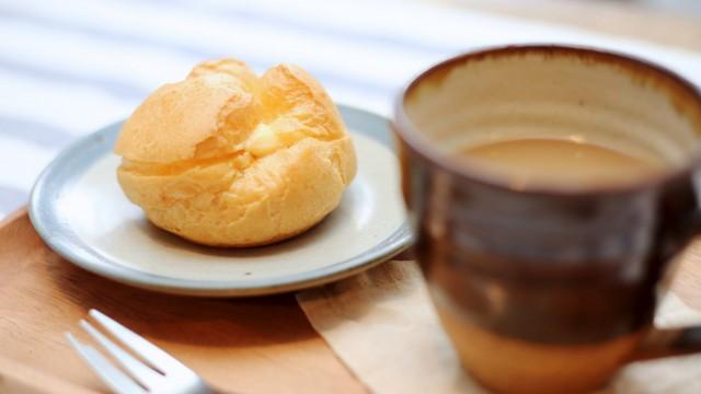 カタカナの王道!大人も子供も大好きなおやつ。生地好きの私、シュークリームは個人的に3本の指に入るおやつです。柳屋さんのシュークリームには菊地農場の卵を使用しています。