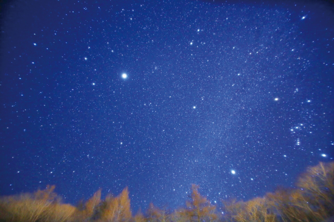 平成4年の夏と翌5年の冬に、2年連続で星空日本一に輝いた「衣川の星空」奥州市の中でも自然豊かな衣川区は余計な光源がないため、平地でありながら遠くの星まで観察できます。